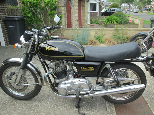 1978 Norton Commando 850 electric start SOLD (picture 2 of 6)