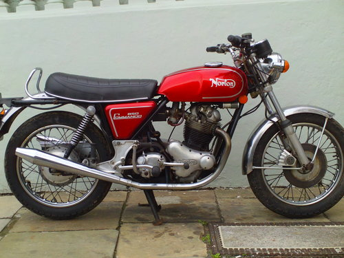 1974 NORTON COMMANDO MK2A ROADSTER SOLD (picture 1 of 6)