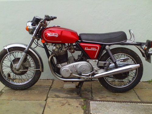 1974 NORTON COMMANDO MK2A ROADSTER SOLD (picture 3 of 6)