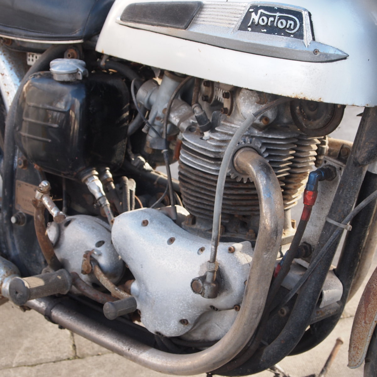 1965 Norton Atlas 750cc Project / Last Used In 2010. SOLD (picture 3 of 6)