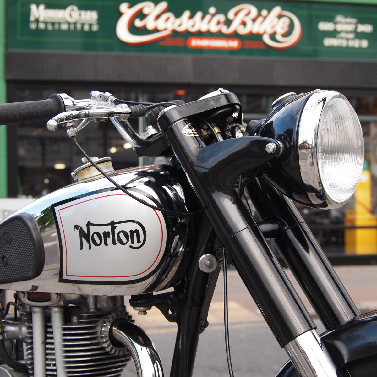 1951 Norton ES2 500 Classic, RESERVED FOR KEITH. SOLD (picture 2 of 6)