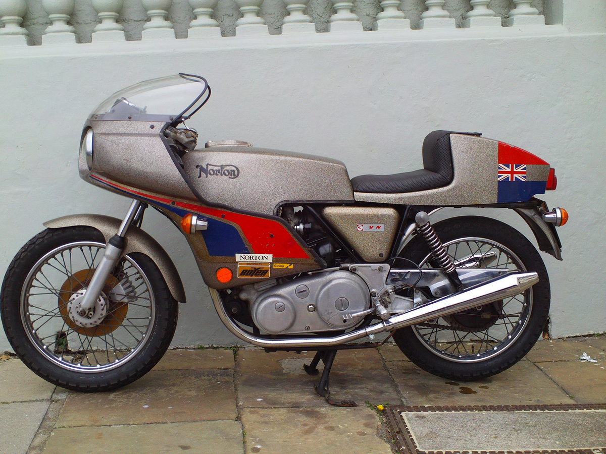 1974 NORTON COMMANDO MK2A JPN For Sale (picture 3 of 6)