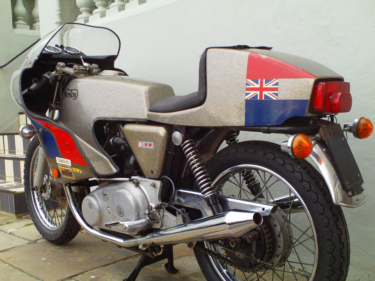 1974 NORTON COMMANDO MK2A JPN For Sale (picture 4 of 6)