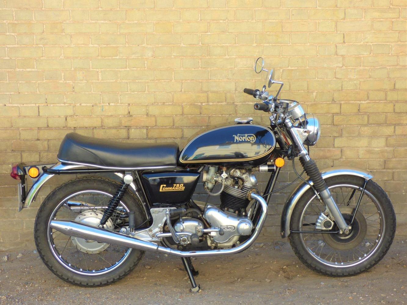 1972 Norton Commando Interstate 750cc SOLD (picture 1 of 6)