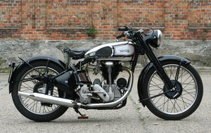 Norton International 500cc OHC 1948