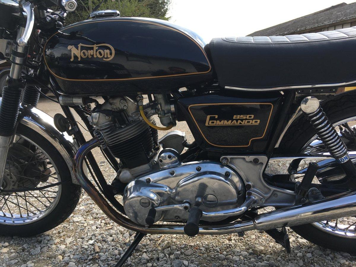 Black Norton Commando 850 MRK3 Interstate 1975 SOLD (picture 3 of 6)