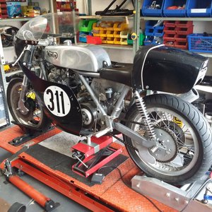 1972 Norton Commando Classic Racer