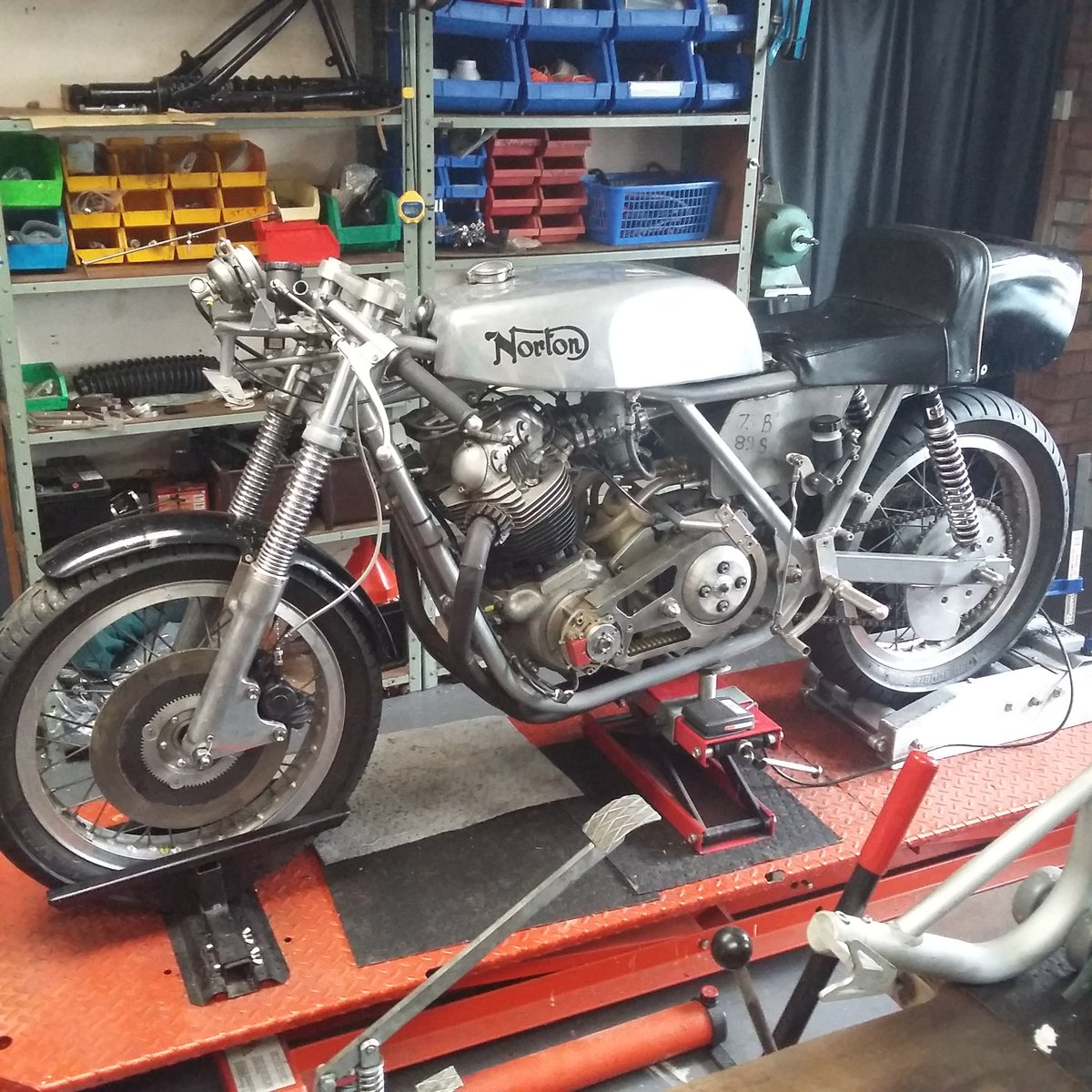 1972 Norton Commando Classic Racer For Sale (picture 2 of 6)