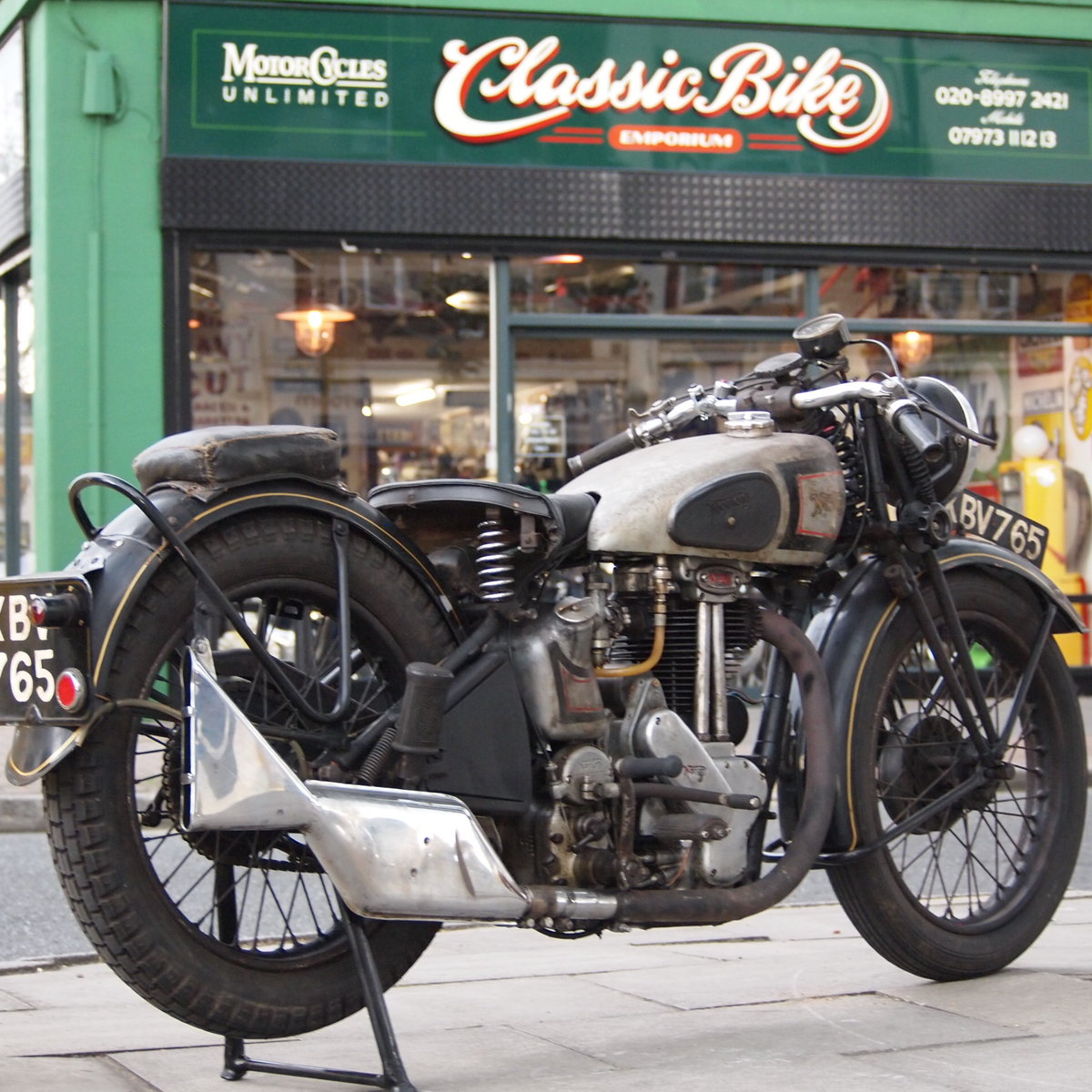 1946 499cc Model 18 Norton, RESERVED FO TAFF. SOLD (picture 1 of 6)