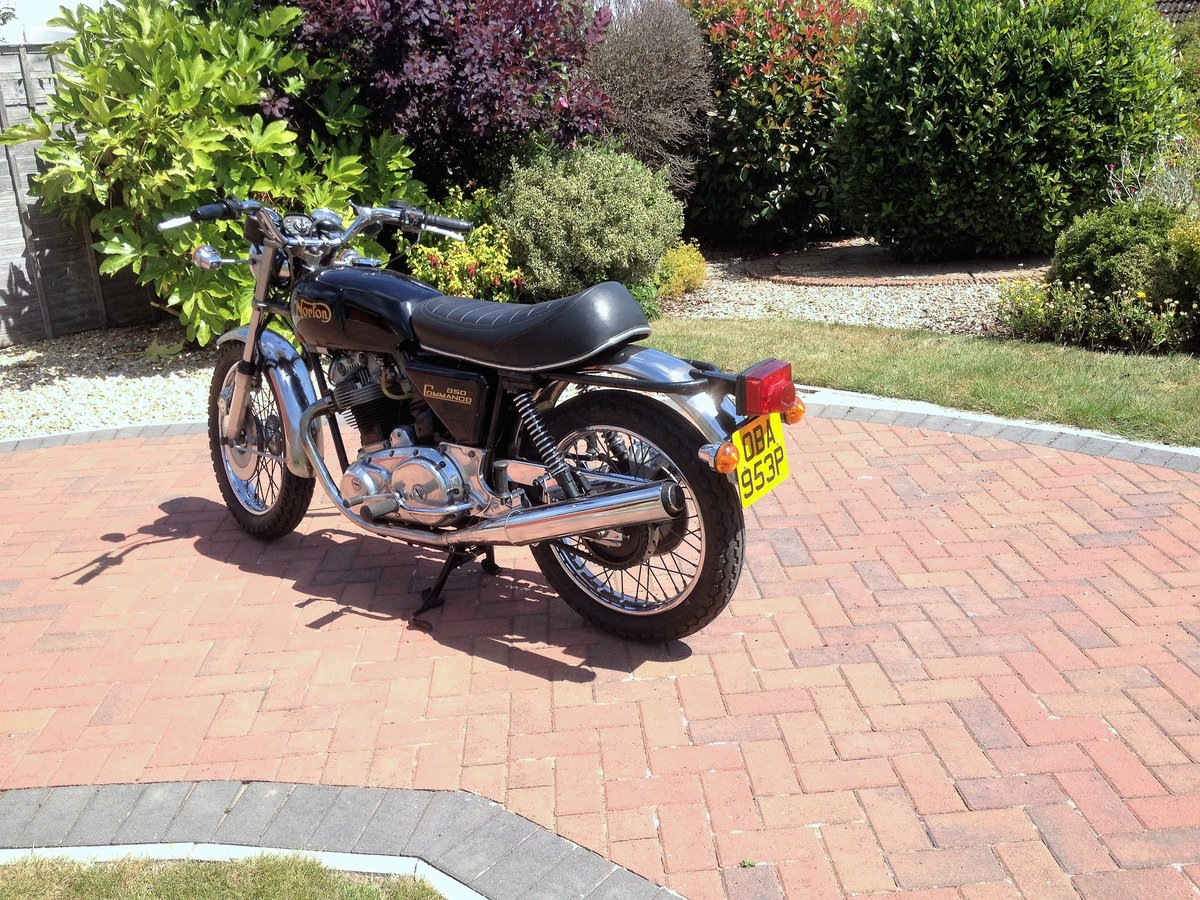 1976 Norton Commando Mk3 SOLD (picture 4 of 6)