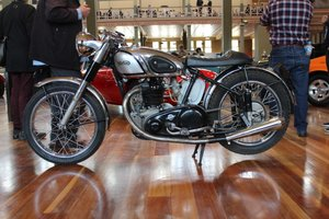 1949/50 NORTON DOMINATOR CAFE RACER 600cc MOTORCYCLE