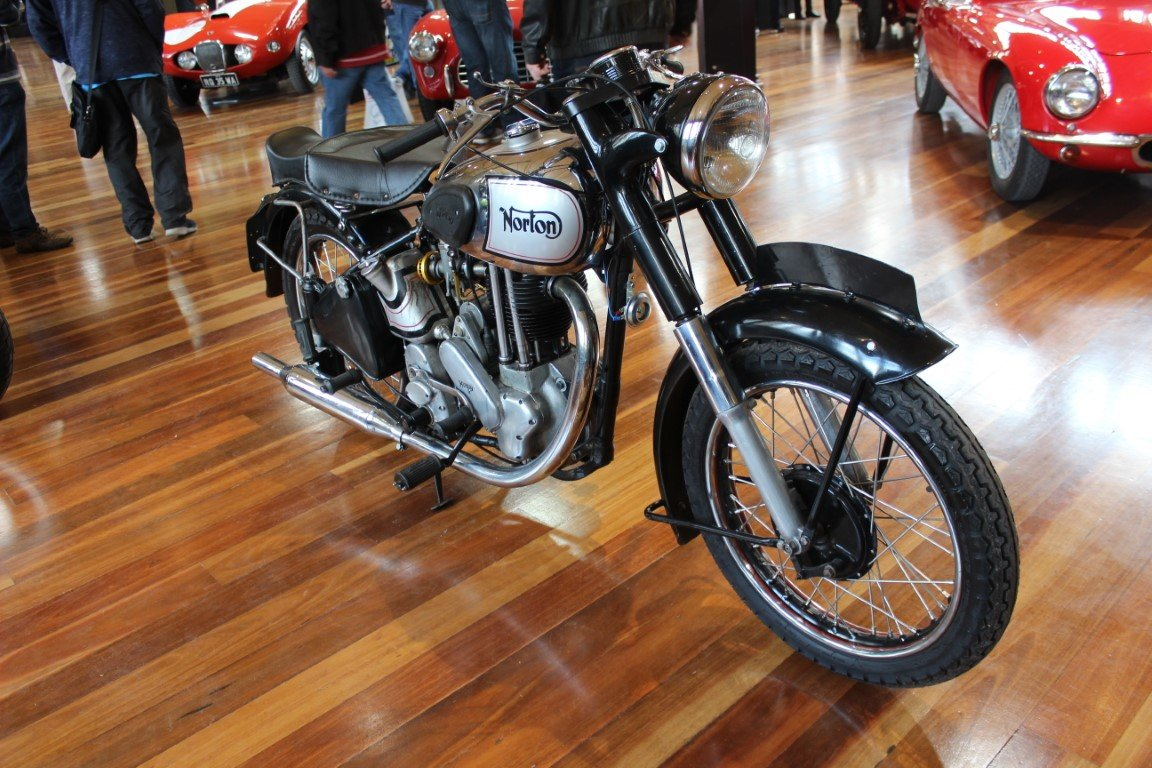 1949/50 NORTON ES2 490cc MOTORCYCLE For Sale by Auction (picture 3 of 4)