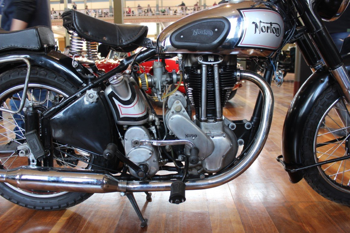 1949/50 NORTON ES2 490cc MOTORCYCLE For Sale by Auction (picture 4 of 4)