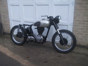 1954 Norton es2 project with 1948 engine.
