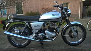 Picture of Norton interstate 1975 electric start  For Sale