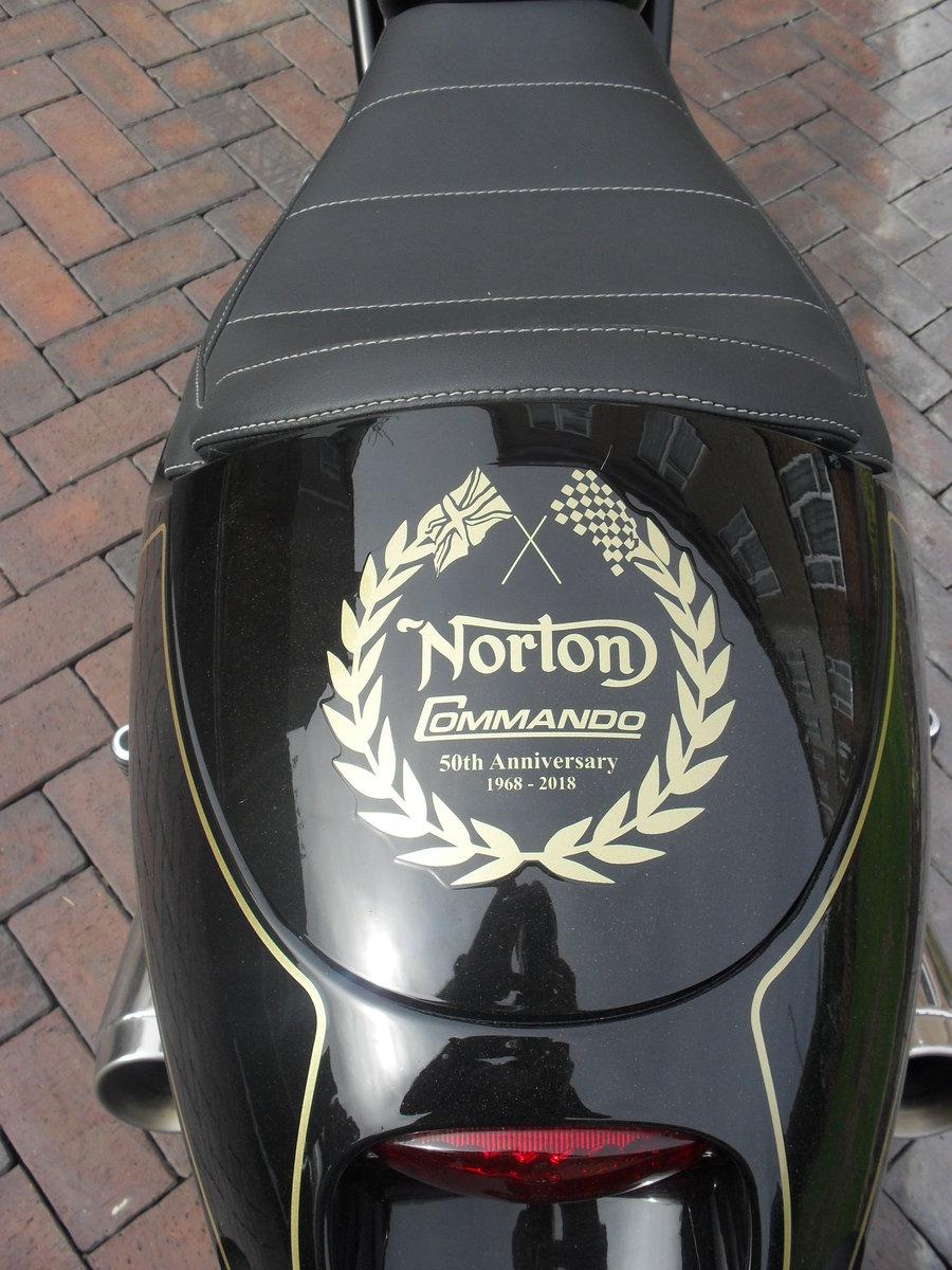 2018 Norton Commando 961 50th Anniversary Edition 32/50 SOLD (picture 2 of 5)