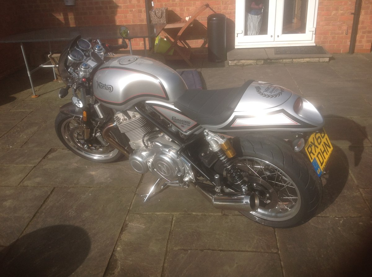2018 Norton commando 961Ltd edition - Only 1250 miles For Sale (picture 1 of 6)