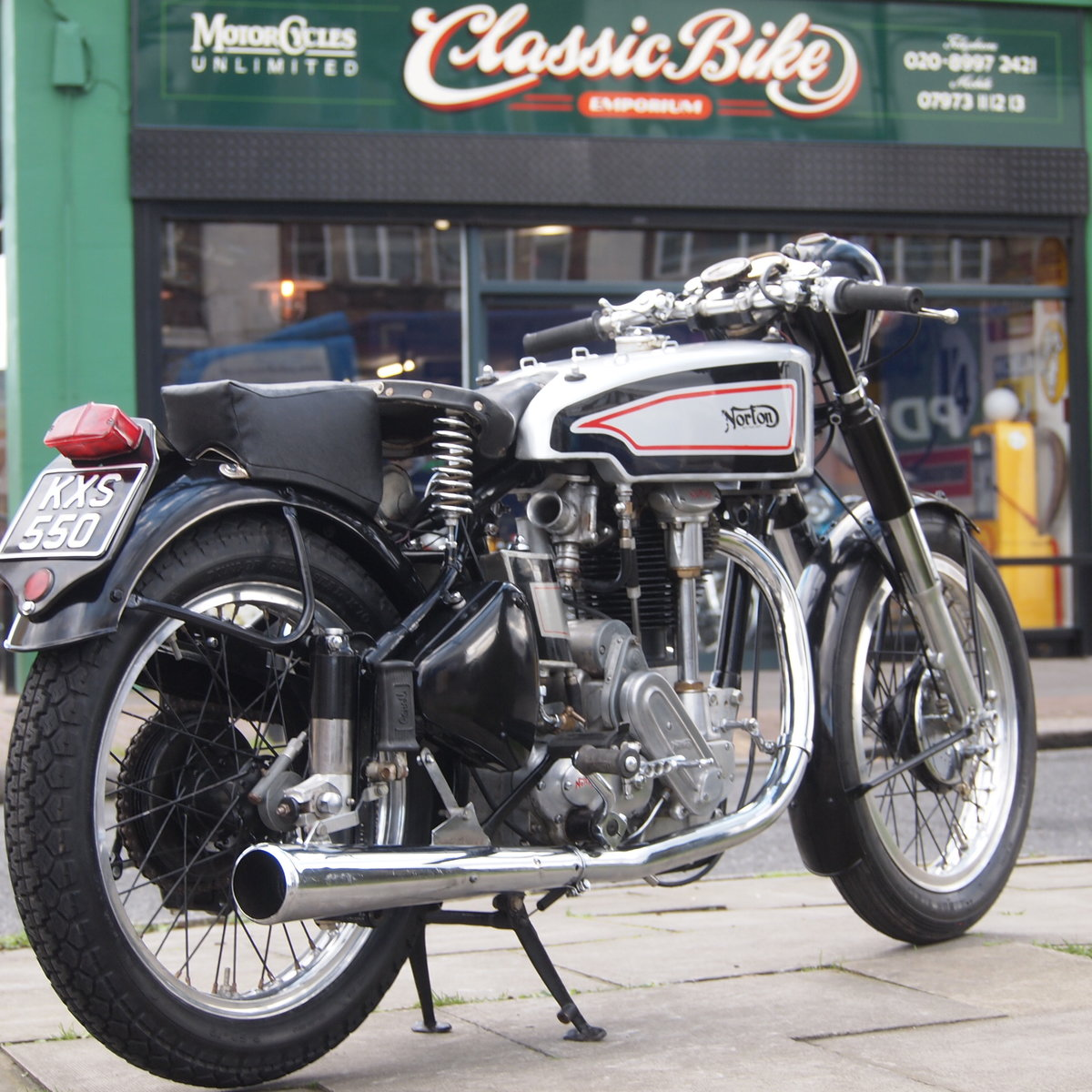1949 Norton International Model 30 BIKE HAS BEEN RESERVED.  SOLD (picture 1 of 6)