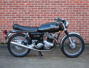 1974 Norton MKIIa 850 Commando Interstate