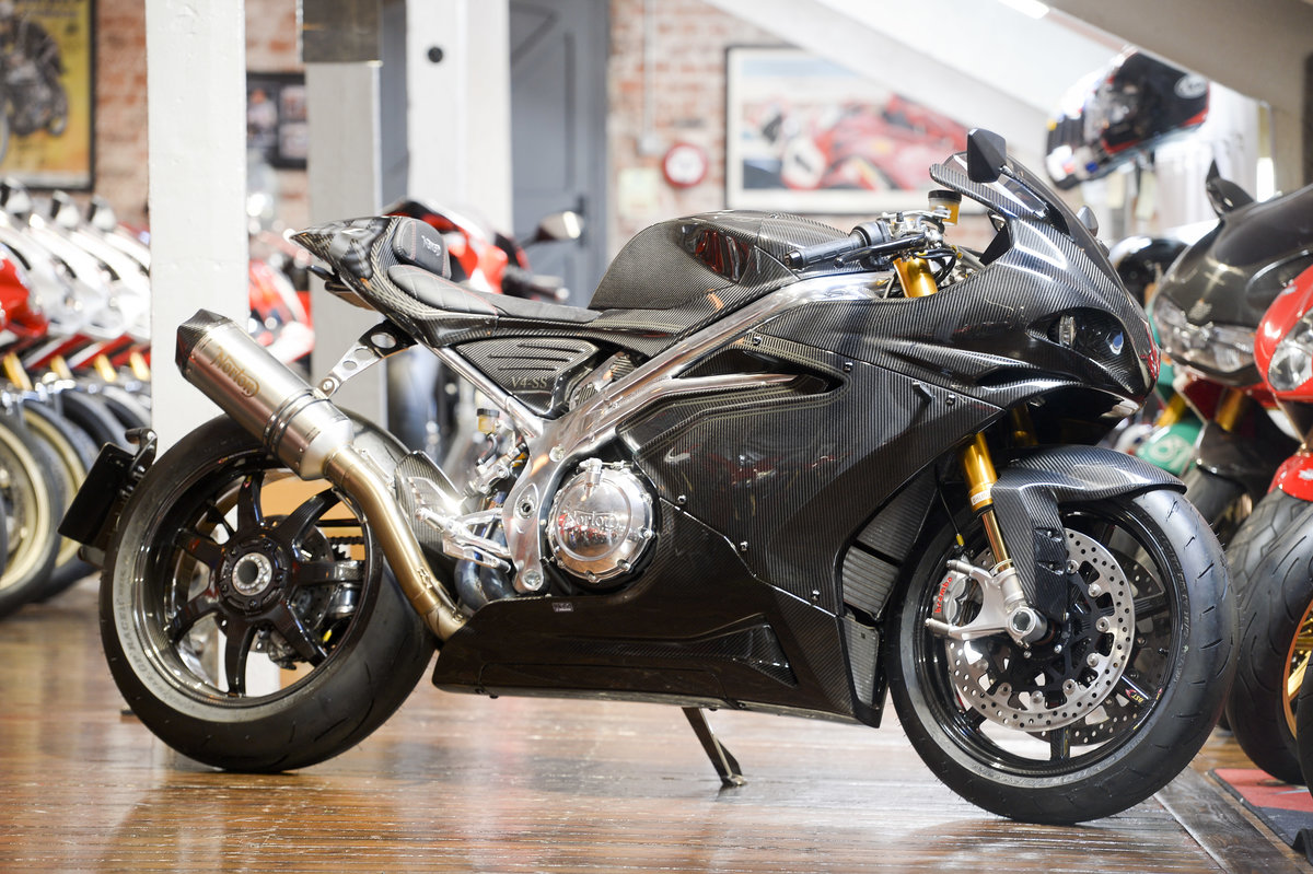 2019 Norton V4SS Carbon Delivery miles For Sale (picture 1 of 6)