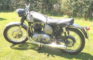 Norton Dominator 500cc matching numbers - Restored