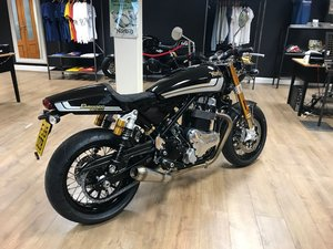 Norton 961 STREET - Henry Cole Edition