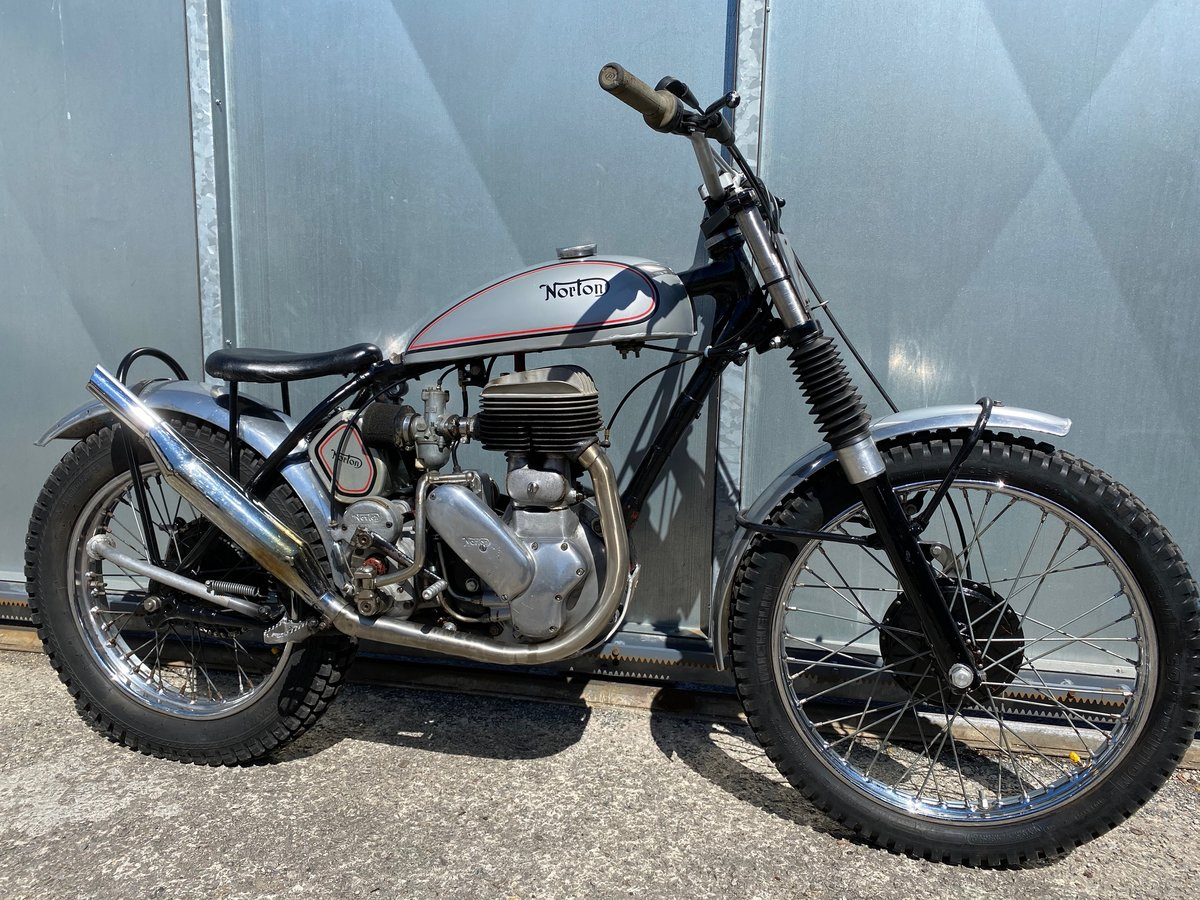 1945 NORTON RIGID TRIALS CLASSIC VERY CAPABLE BIKE WITH V5 £7995  For Sale (picture 1 of 6)