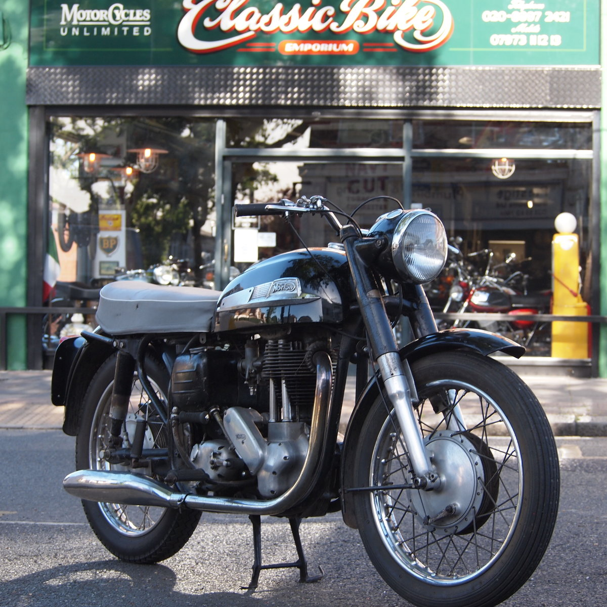 1961 Norton Model 50 350cc Original UK Bike, Matching Numbers. For Sale (picture 1 of 6)