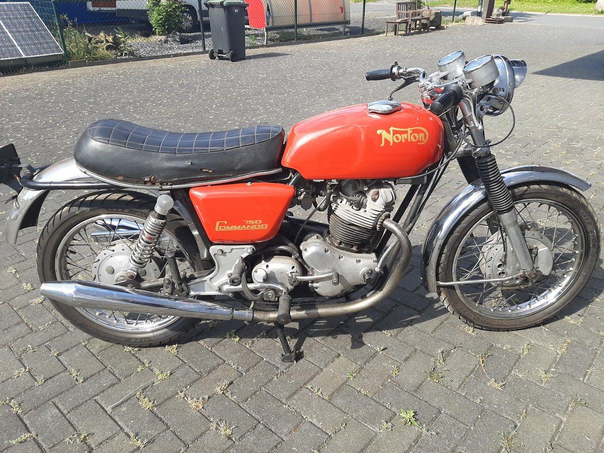 NORTON COMMANDO 1970 For Sale (picture 1 of 6)