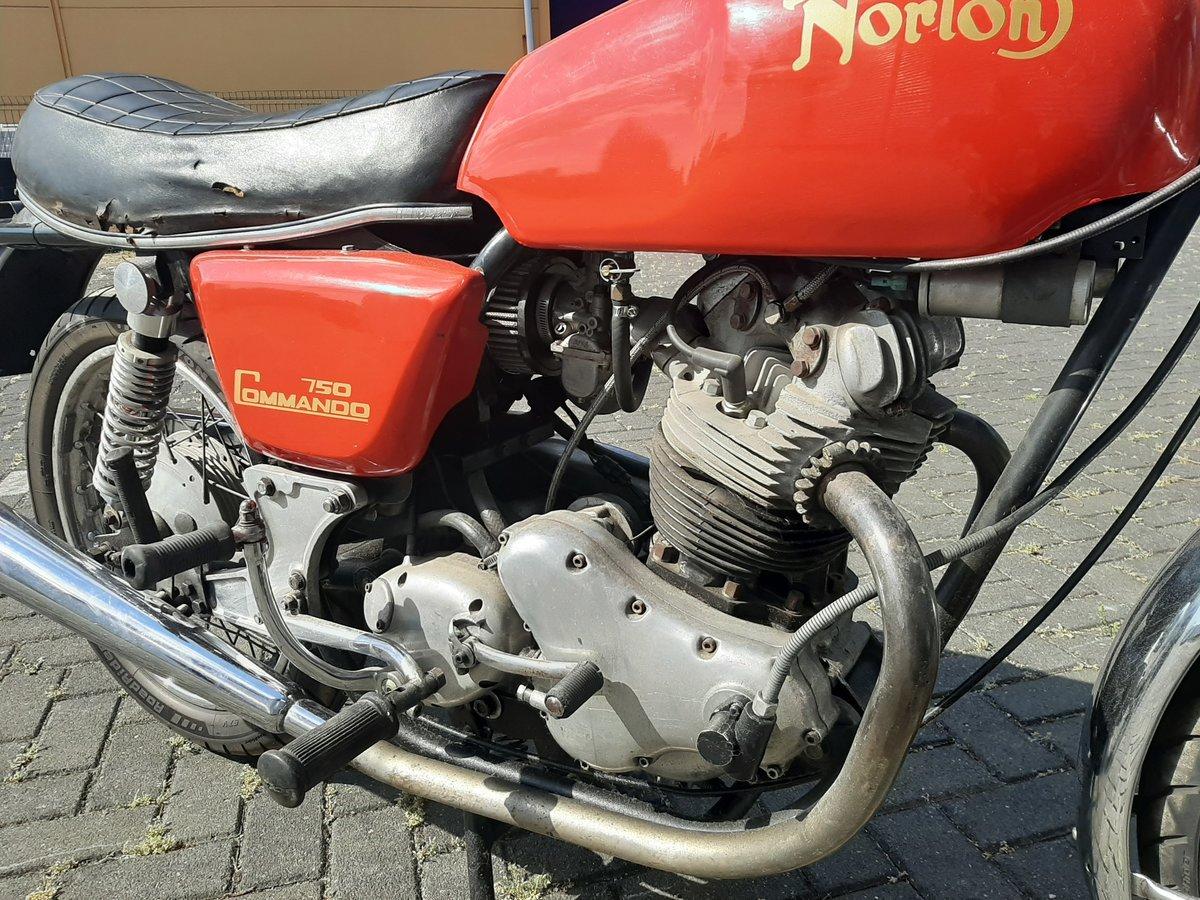 NORTON COMMANDO 1970 For Sale (picture 3 of 6)