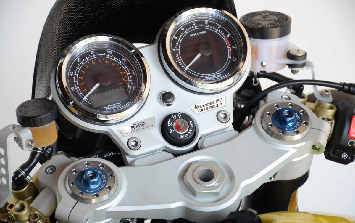 2011 Norton Commando 961 Cafe Racer For Sale (picture 8 of 10)