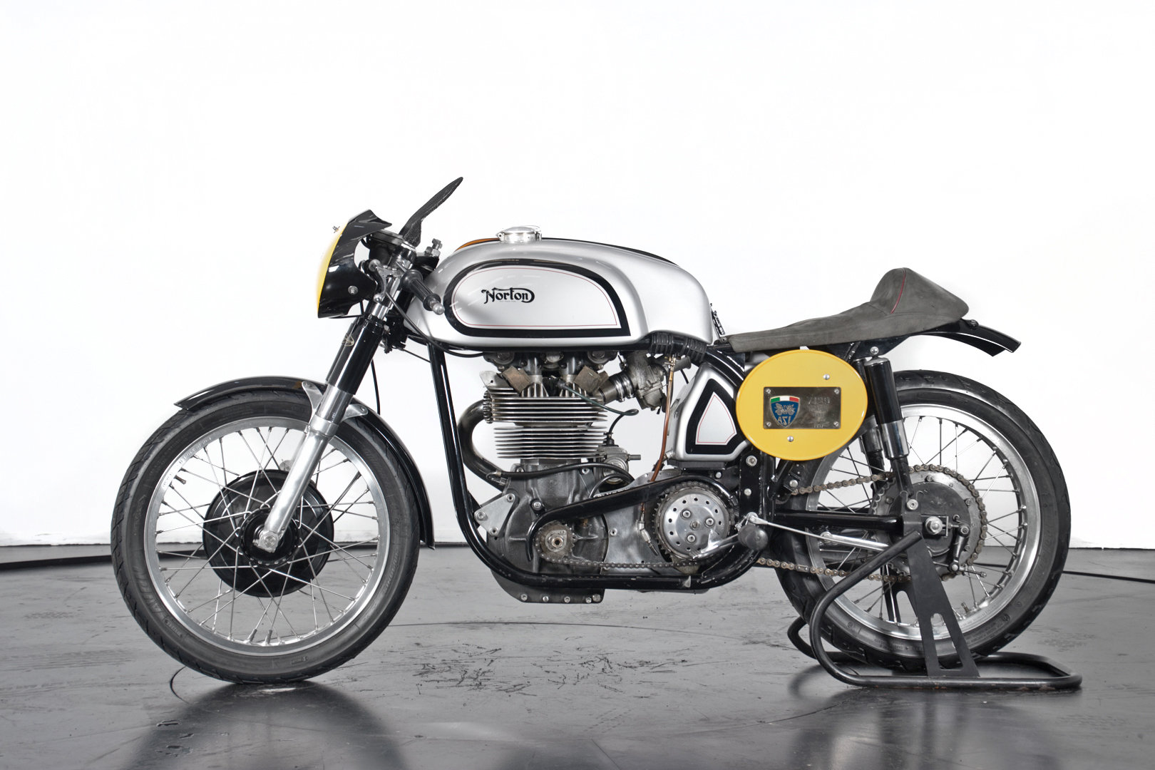 NORTON - MANX 500 - 1957 For Sale (picture 1 of 6)
