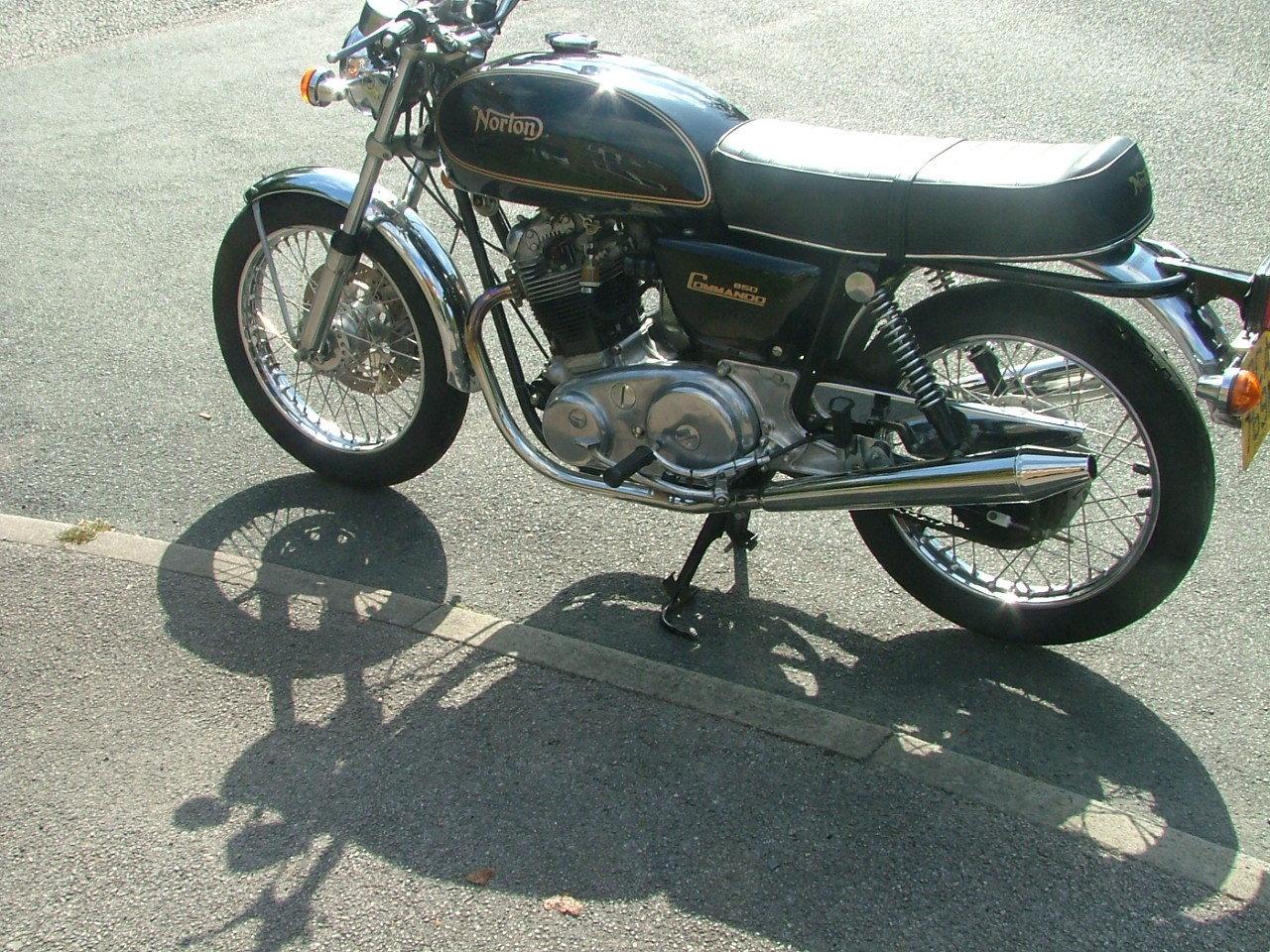 1976 Norton Commando 850 Mk2a For Sale (picture 1 of 5)