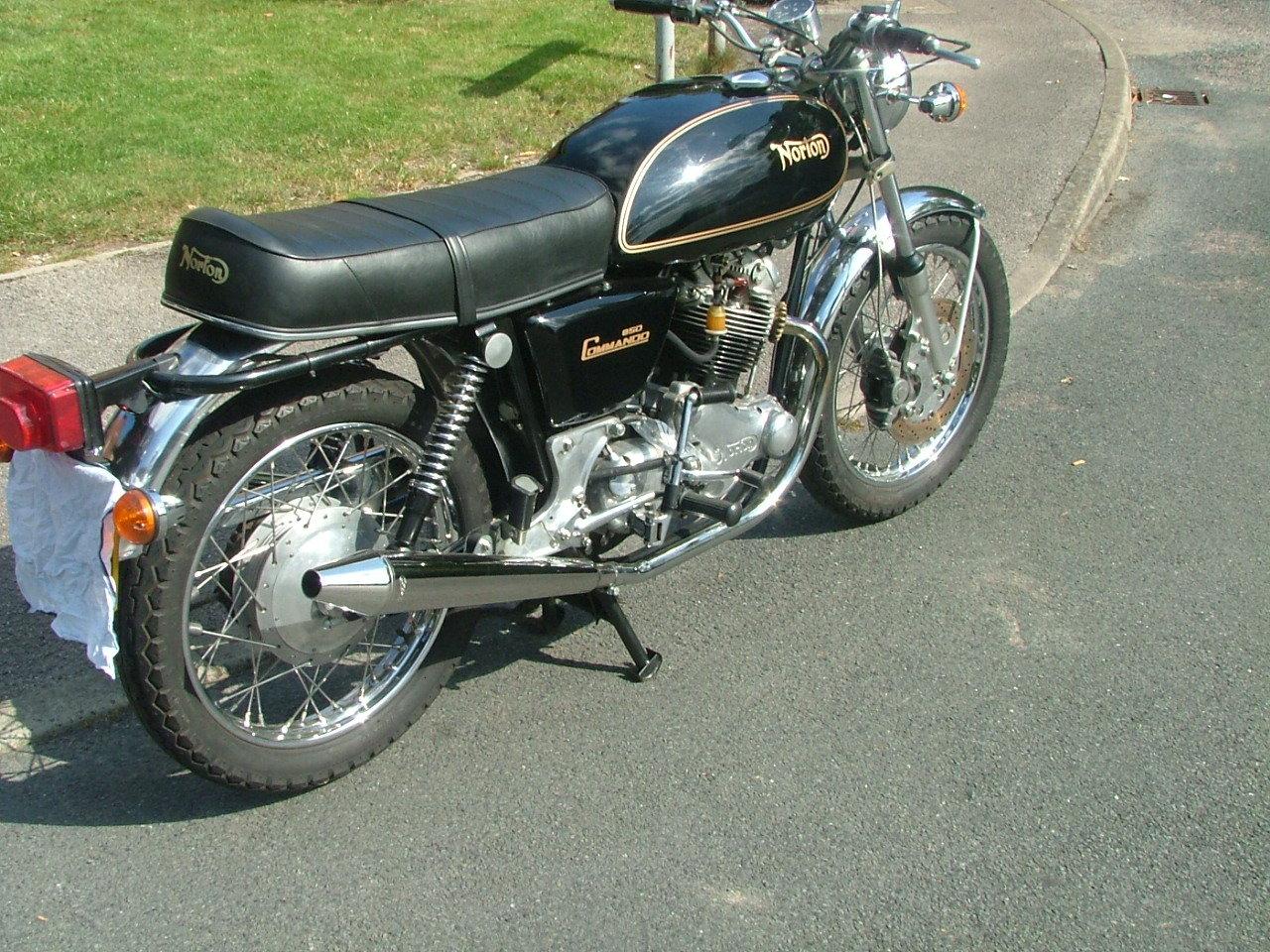 1976 Norton Commando 850 Mk2a For Sale (picture 2 of 5)
