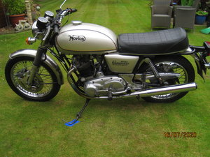 Norton Commando Interstate Mk3 Electric Start.1975