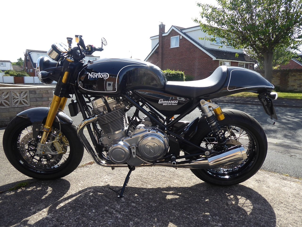 2012 NORTON 961 CAFE RACER/SF.  SOLD (picture 1 of 6)