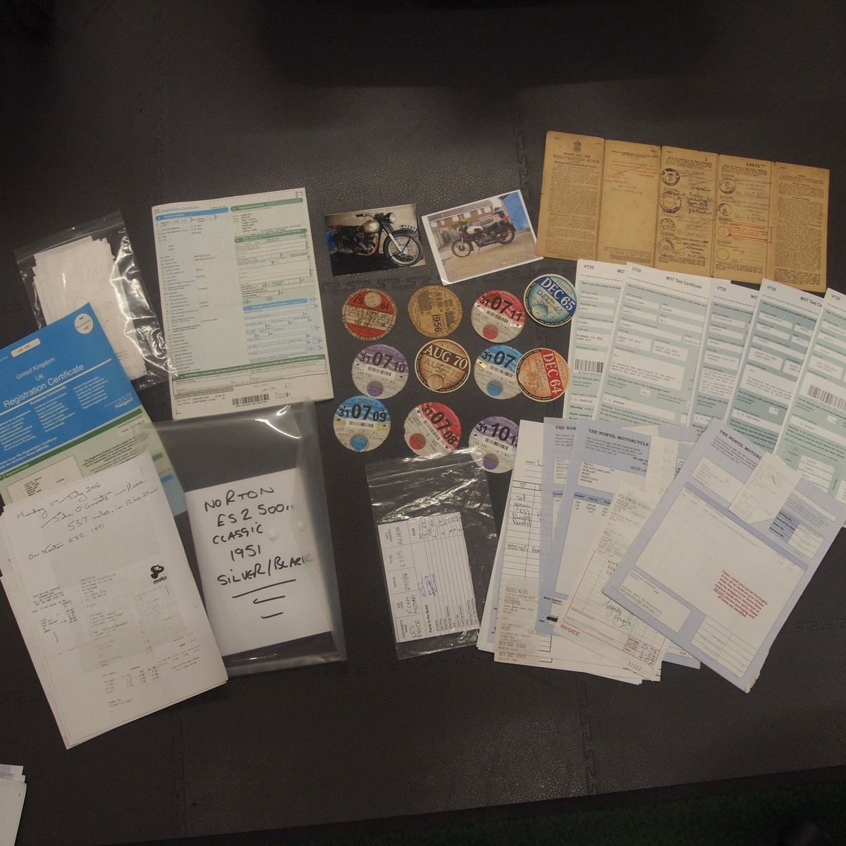 1951 Norton ES2 500 With Buff Logbook + Lots Of Bills Receipts.  SOLD (picture 5 of 6)