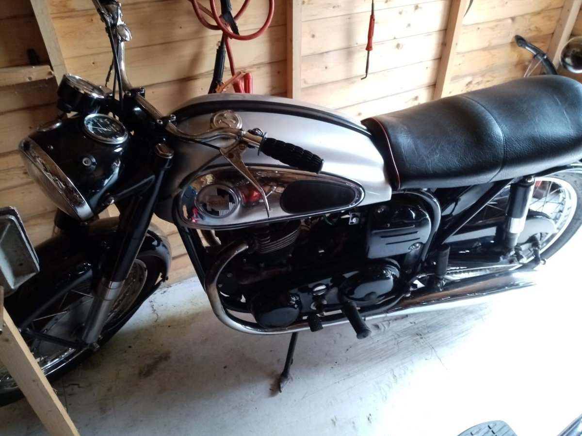 1958 dominator  SOLD (picture 1 of 4)