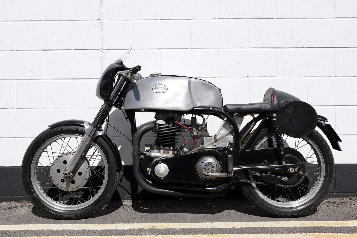 1958 Norton Dominator 99 650 Classic Racer For Sale (picture 2 of 6)