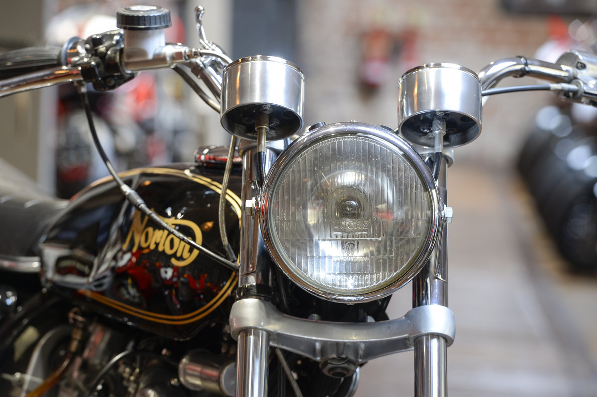 1972 Norton Commando 750 Beautifully Restored Example For Sale (picture 4 of 6)