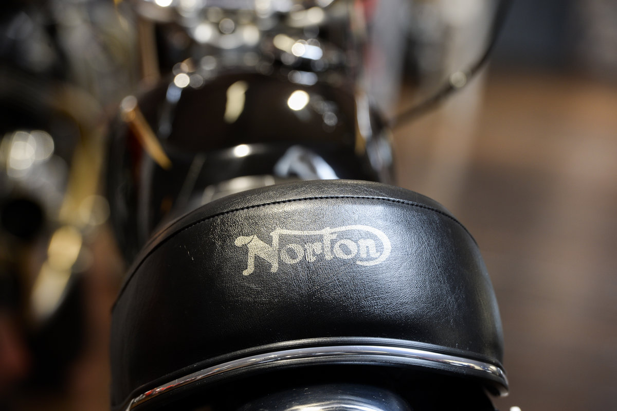 1972 Norton Commando 750 Beautifully Restored Example For Sale (picture 6 of 6)