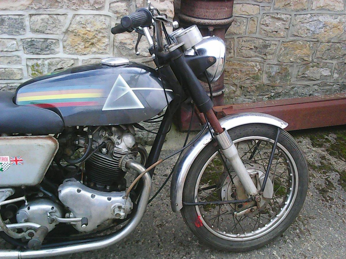 1968 Norton Commando 750 For Sale (picture 2 of 6)