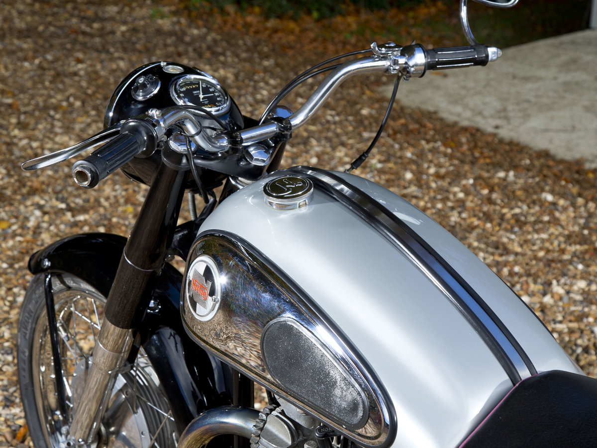 1958 Stunning Norton Dominator 99 600cc SOLD (picture 5 of 6)