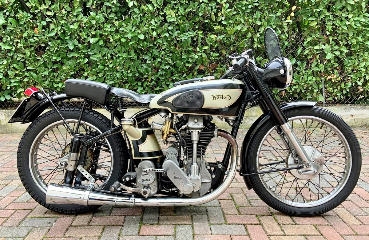 1952 Norton International Clubmann TT For Sale (picture 2 of 6)