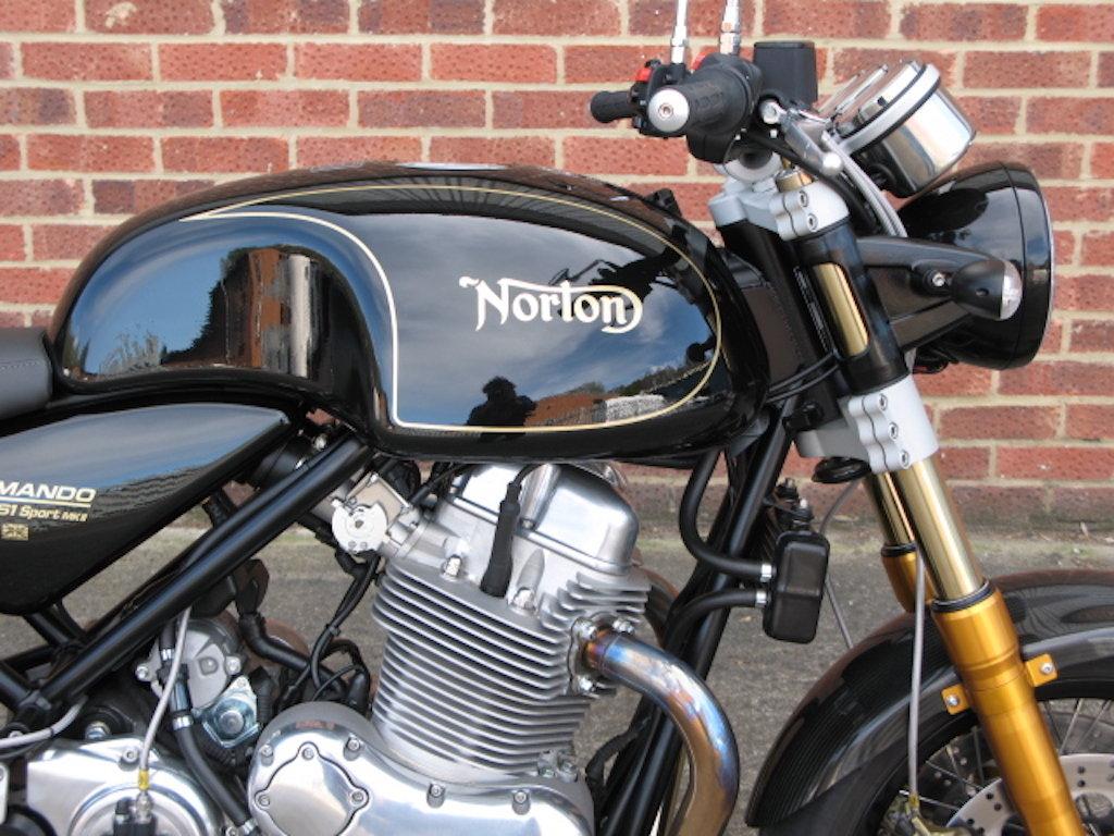 2017 Norton Commando 961 Sport MKII For Sale (picture 2 of 7)