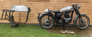 Norton Dominator 99 Project Wideline Featherbed