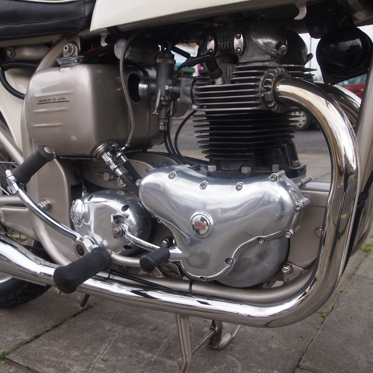 1962 Dominator 99 Classic With Matching Numbers. For Sale (picture 4 of 12)