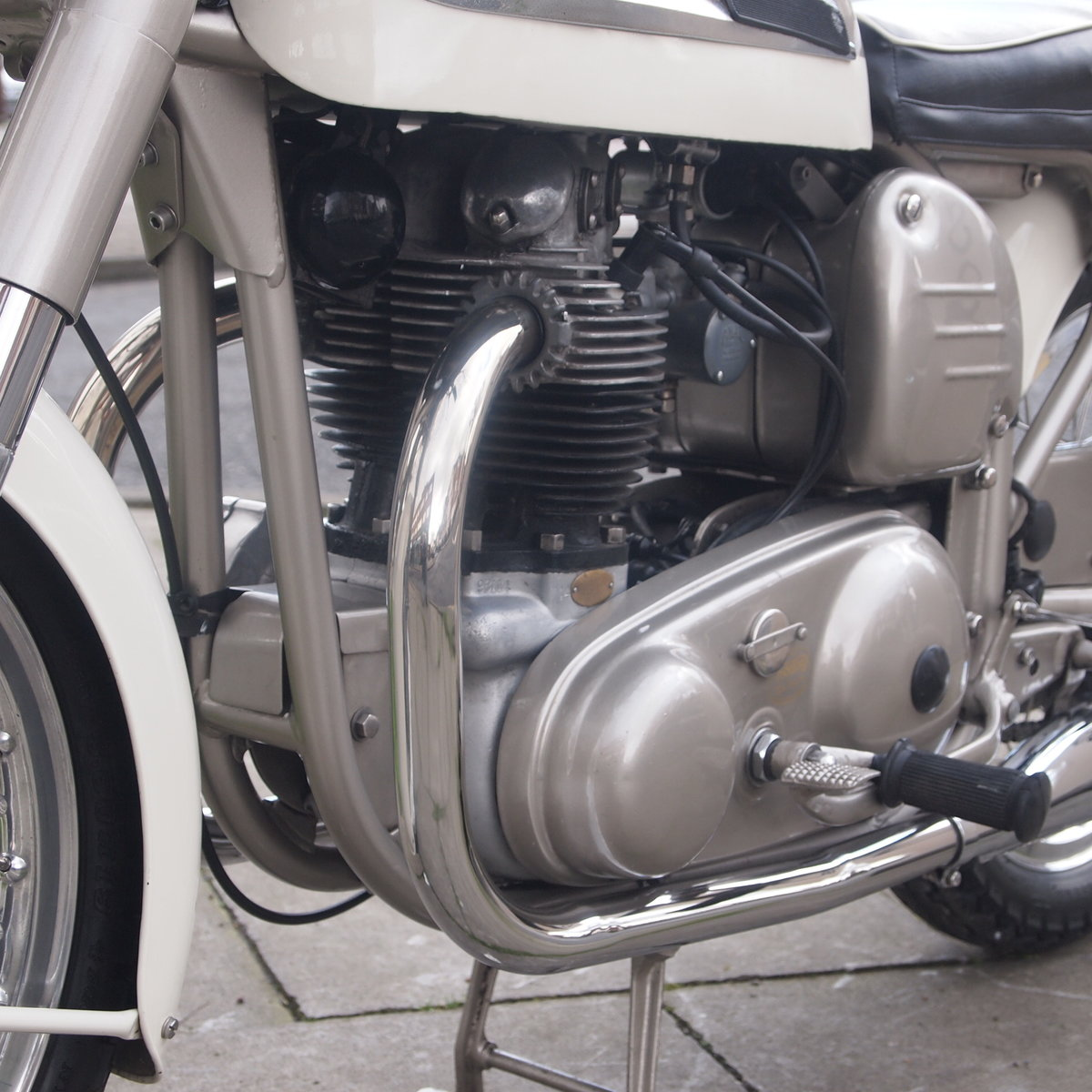 1962 Dominator 99 Classic With Matching Numbers. For Sale (picture 8 of 12)