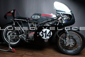 Picture of 1972 Norton Seeley Commando 750 race bike For Sale
