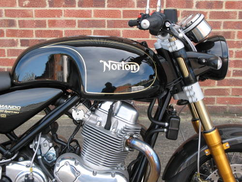 2017 Norton Commando 961 Sport MKII For Sale (picture 2 of 6)
